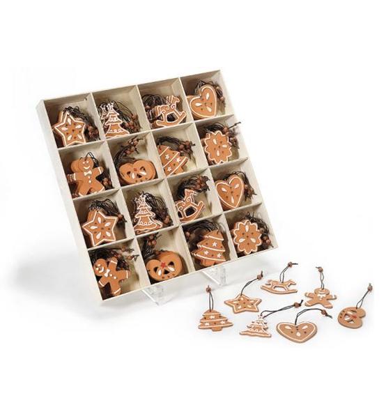 Addobbi e decorazioni per l 39 albero scatole - Decorazioni in legno per natale ...